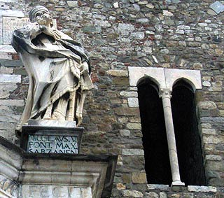 Statue on Cathedral in Sarzana