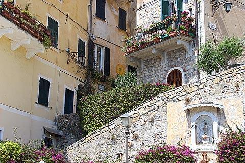 Cervo italy guide de voyage pour le pittoresque village ligurien et la station baln aire de cervo - Office tourisme san remo italie ...