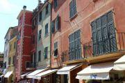 shops-on-via-roma