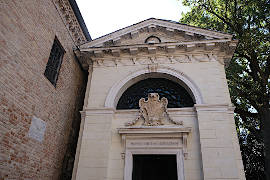 photo of Dante's Tomb in Ravenna