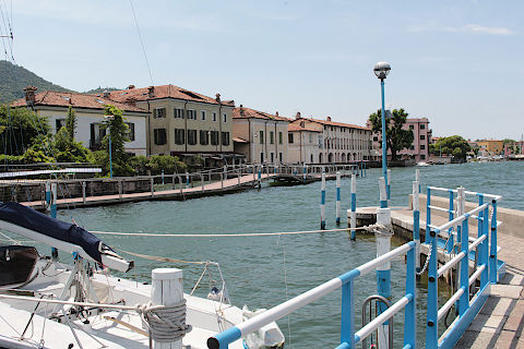 Photo of Iseo in Lake Iseo (Lombardy region)