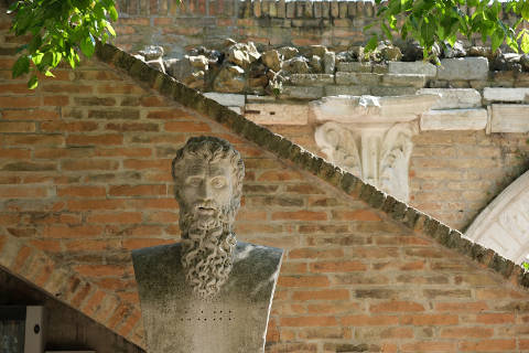 Photo of Rasponi Crypt and gardens in Ravenna