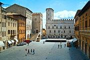 photo of Todi