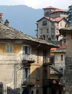 centre of varallo old town