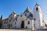 alberobello-church