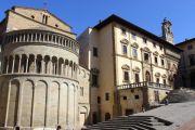 piazza-grande-monuments