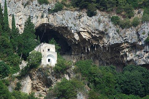 The Masaniello Cave is in the cliffs above Atrani