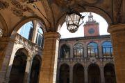 bologna-palazzo-dell-archiginnasio
