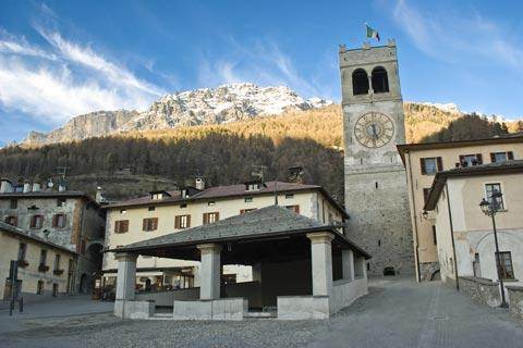 Square in Bormio town centre
