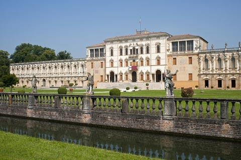 Villa Contarini seen from canal
