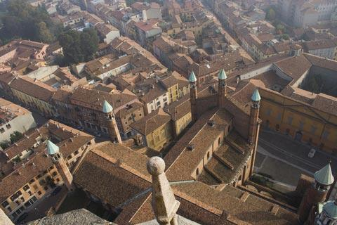panoramic view across rooftops of Cremona