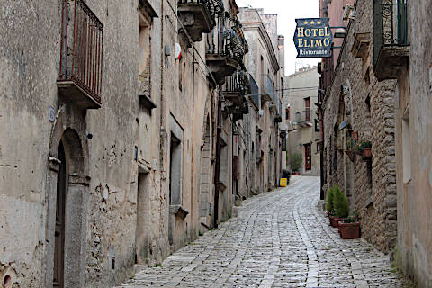 Quet streets of Erice