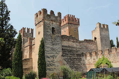 Castle of the Scaglieri family at entrance to Lazise