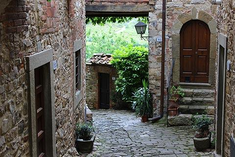 pretty street in Montefioralle