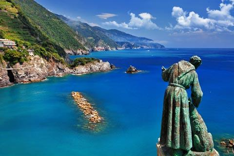 View along Cinque Terre coast from Monterosso al Mare