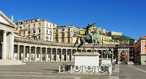 The Piazza Plebiscito and statue