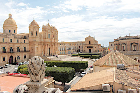 View of the cathedrl in Noto