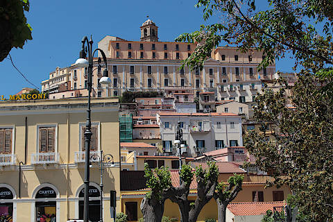 View across roofs to Patti cathedral