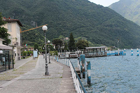 Promenade along Lake Iseo in Pisogne