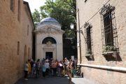 street-to-tomb