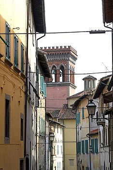 alleyway in Sansepolcro old town