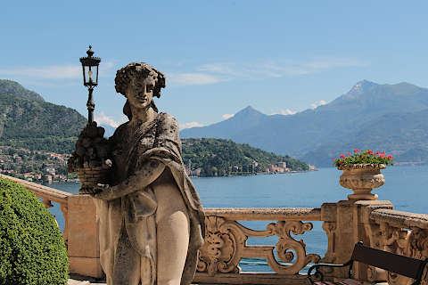 Statue in gardens of Villa Balbianello