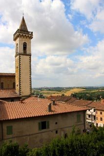 centre of Vinci village in Tuscany